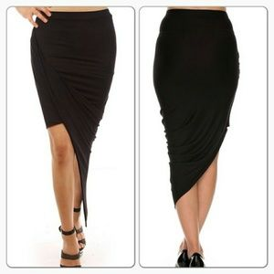 Dresses & Skirts - Asymetrical twist side high low skirt